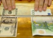 Billets d'euro et de dollar